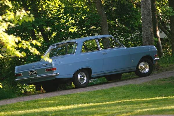 Opel Rekord 1700 ´64 – Vain poutaisia kilometrejä
