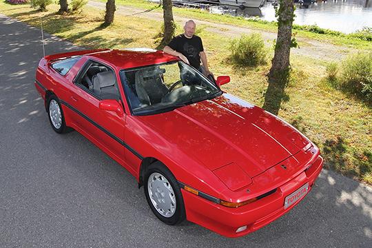 Nopeaa diplomatiaa – Toyota Supra 3.0i Turbo '90